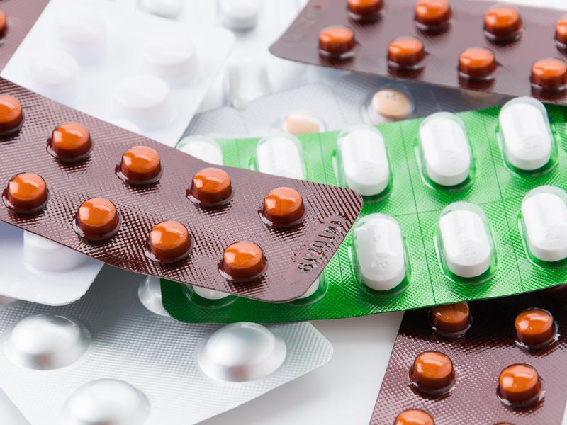 Des médicaments dans leur emballage